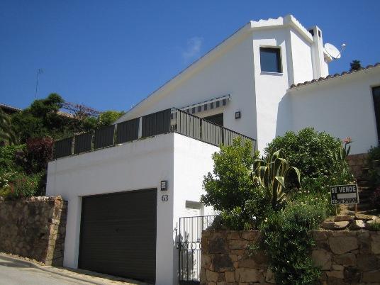 Дом с видом на море в г. Тосса де Мар