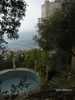 Дом с панорамным видом на город Росас море и горы