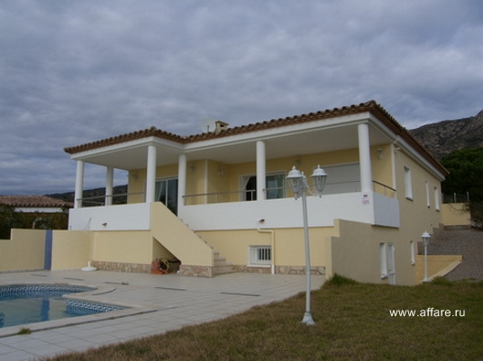 Дом в окрестностях г. Росас