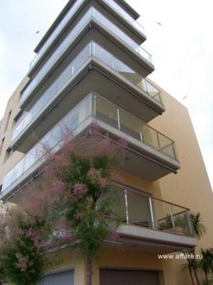 Новые апартаменты высокого класса с двумя (тремя) спальнями и одной (двумя) ванными комнатами в г. Росас