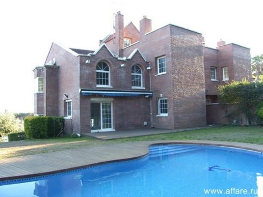 Дом в окрестностях г. Матаро который находится в 30 км от Барселоны