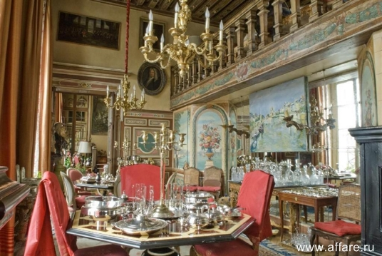 Квартира в красивом османовском доме