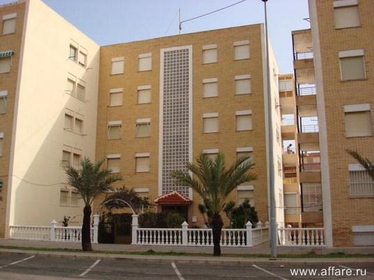 Комфортные апартаменты в Гвардамар дель Сегура с видом на море