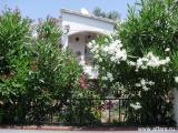 Дом в пригороде Rosas утопающий в зелени в 3 км от моря