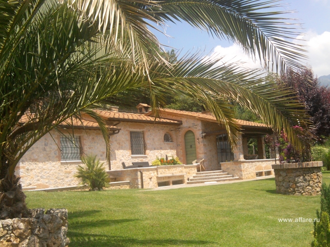 Villa a Denia Camaiore acquistare