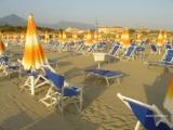 Пляжный клуб с рестораном в Марина ди Пьетрасанта