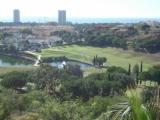 Апартаменты в комплексе для любителей гольфа недалеко от Марбельи