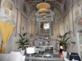 Историческое поместье с церковью в Chiesina